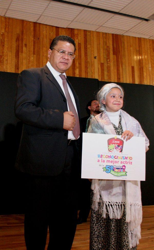 En esta ocasión, por vez primera vez se otorgó un premio especial a la mejor actriz que correspondió a Alondra Flores Barrera; y al mejor actor de la muestra, Gustavo Yáñez González, quienes fueron elegidos de entre los grupos finalistas.