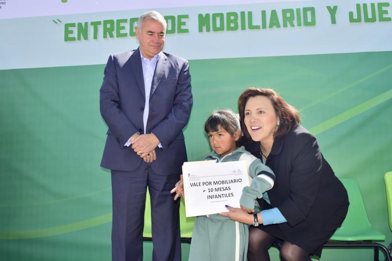 OLGA HERNANDEZ MOBILIARIO ESCOLAR