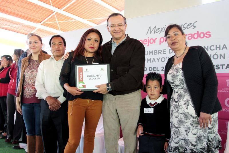 RAYMUNDO MARTINEZ REHABILITACION DE ESCUELA