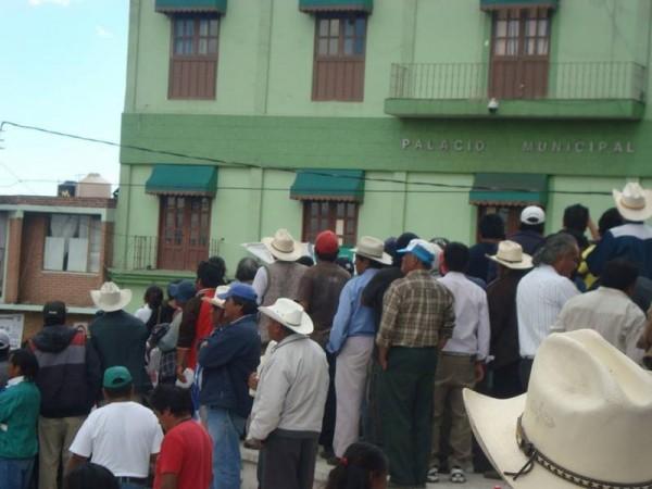 MANIFESTANTES EN TEMOAYA