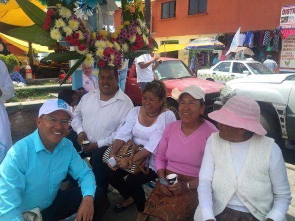 FEDE HERNANDEZ MADRES DE FAMILIA