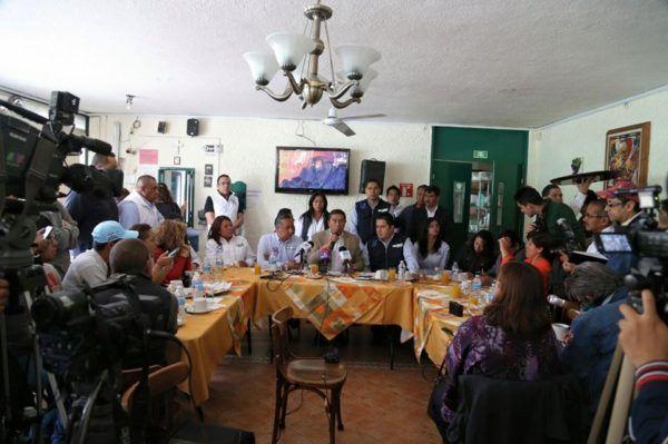 JUAN RODOLFO PIDE CANCELAR CANDIDATURA DE ZAMORA