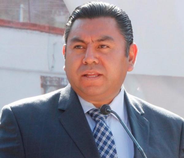 BRAULIO ALVAREZ  MEDIO CUERPO