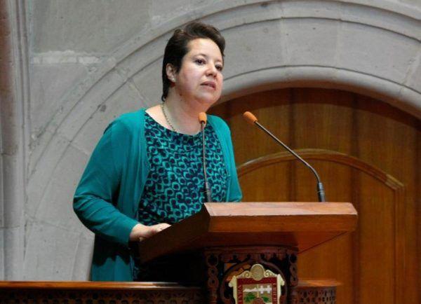 ADRIANA HINOJOSA NAUCALPAN