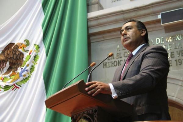 OCTAVIO MARTINEZ TRIBUNA MATRIMONIOS GAY
