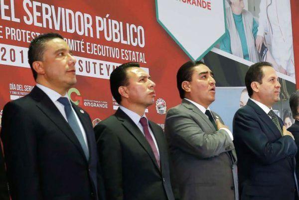 ACUDEN DIPUTADOS A DIA DEL SERVIDOR PUBLICO