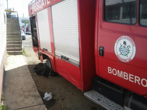 CARRO DE BOMBEROS 01