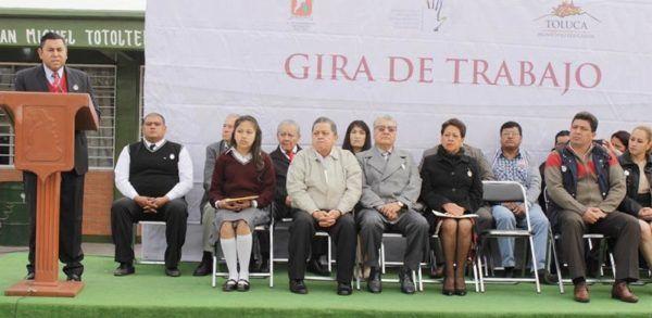 ENTREGA BRAULIO OBRAS EN TOTOLTEPEC
