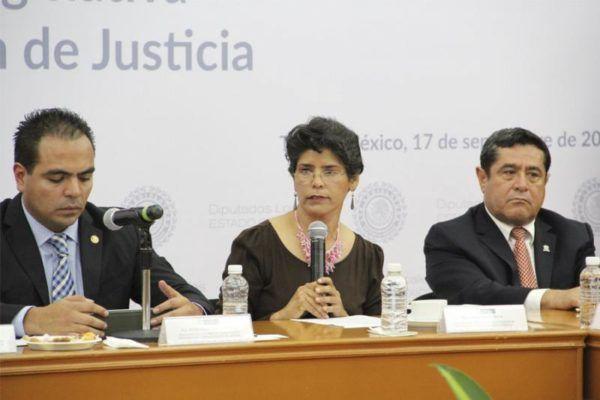 JUANA BONILLA EN COMISIONES