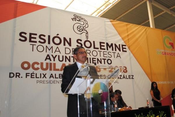 TOMA DE PROTESTA DE ALBERTO LINARES OCUILAN