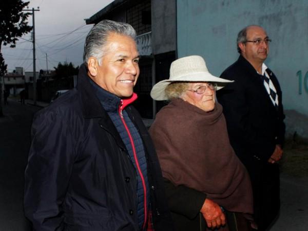 FERNANDO ZAMORA MORALES INICIA CONSULTAS