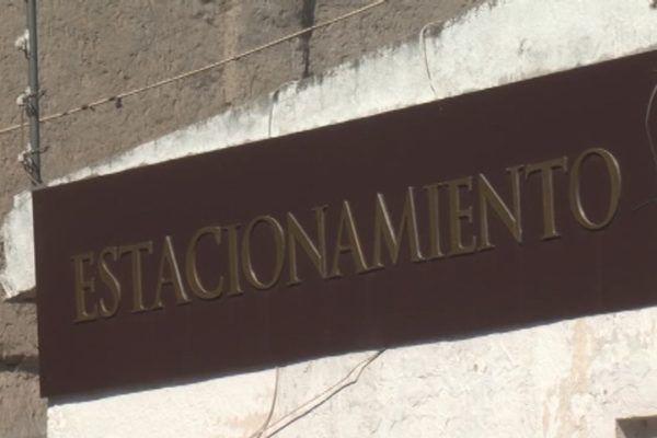 LETRERO DE ESTACIONAMIENTO