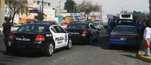 POLICIAS EN IZCALLI TOLUCA