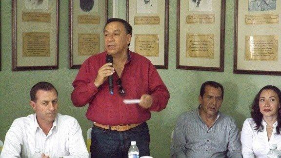ANUNCIAN PRESA DE PALMARILLOS EN AMATEPEC