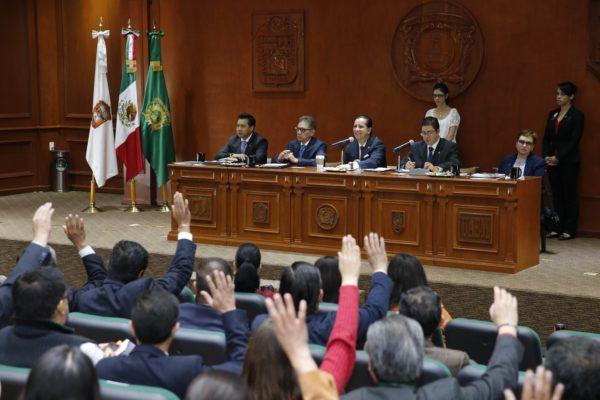 AVANZA ELECCION DE DIRECTORES EN CENTROS UNIVERSITARIOS