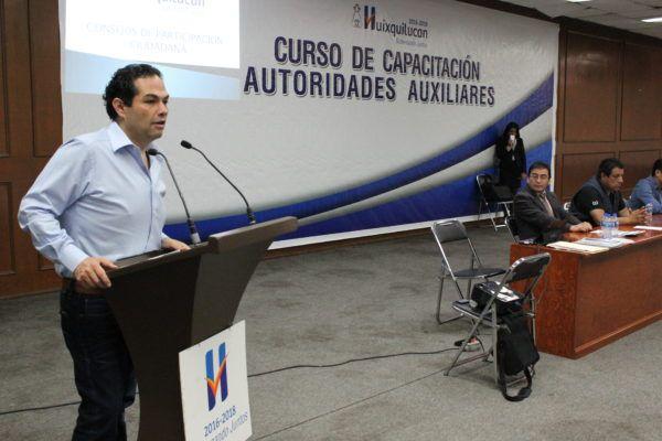 CAPACITAN AUTORIDADES AUXILIARES DE HUIXQUILUCAN