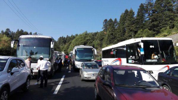 CIERRAN CNTE Y LOS FEDERALES LA MEXICO-TOLUCA