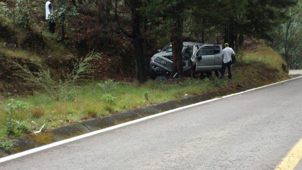 Debido al exceso de velocidad y las prolongadas curvas, automovilistas y camiones de carga han sido presa de las estadísticas por accidentes en esta región del sur del estado de México.