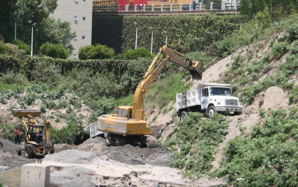 En próximos días se podrá recuperar la fuerza del cauce y realizar la limpieza manual en la parte de San Fernando.