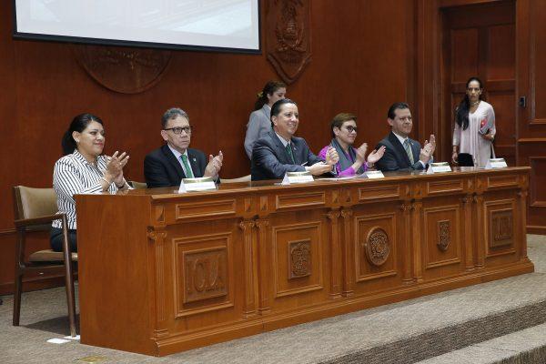 El rector Jorge Olvera García puntualizó que www.uaemex.mx está llamada a proyectarse como uno de los medios de mayor impacto para la promoción del quehacer universitario en el ámbito nacional e internacional.