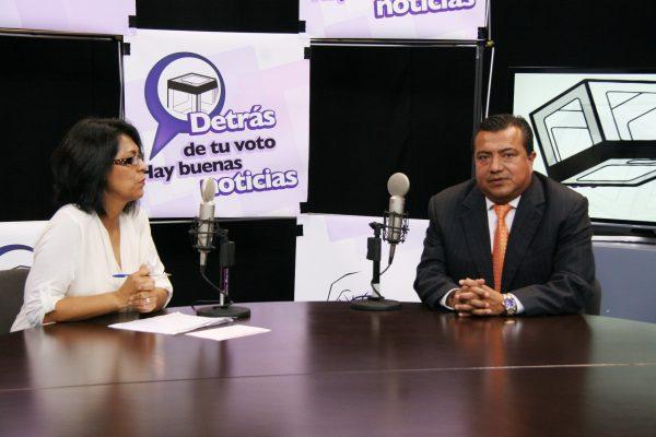"""En el programa de radio por internet del IEEM, """"Detrás de tu voto hay buenas noticias"""", participó César Severiano González Martínez, representante de Movimiento Ciudadano (MC)."""