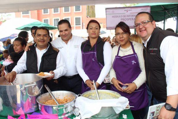 Se trata de una estrategia para apoyar a las personas que más lo necesitan. En el Estado de México funcionan 200 espacios de esta naturaleza.