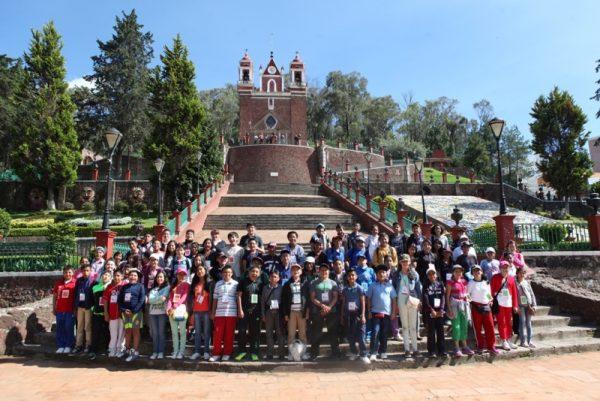 Los 72 alumnos son ejemplo para las nuevas generaciones.