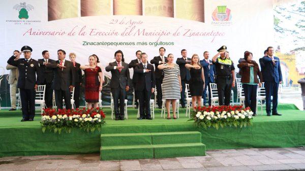 El Poder Legislativo del Estado de México, hizo entrega al presidente municipal, el documento oficial que hace constar la Erección del municipio de Zinacantepec.