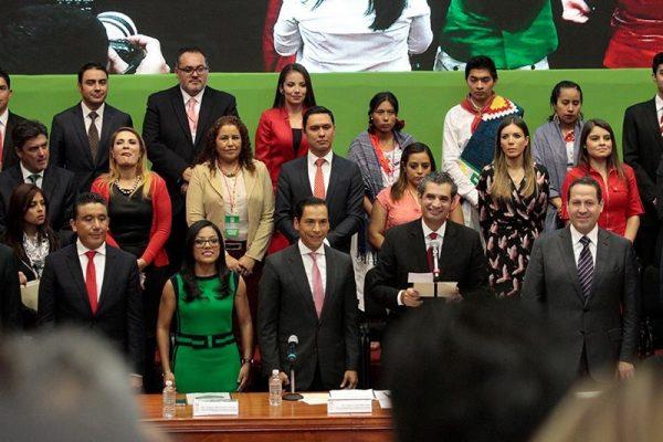 Ochoa Reza confía que PRI ganará el estado de México en 2017