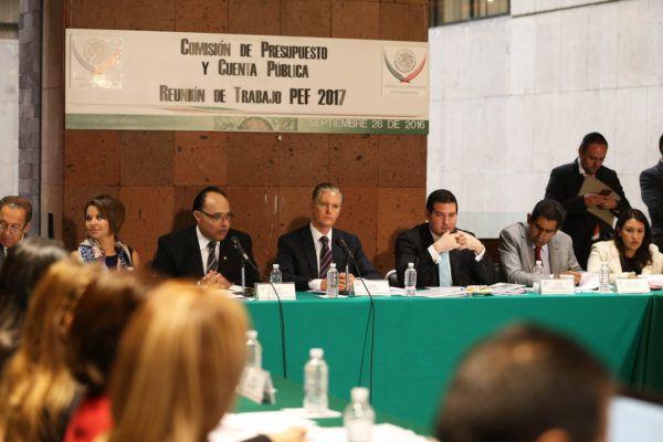 Encabeza reunión con el Centro de Estudios de las Finanzas Públicas de la Cámara de Diputados.