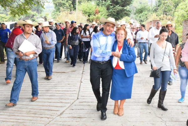 En más de 90 giras de trabajo, el representante del VIII distrito electoral local gestionó recursos para cada una de las comunidades de Sultepec, Almoloya de Alquisiras, Texcaltitlán, San Simón de Guerrero, Temascaltepec y Zacualpan.